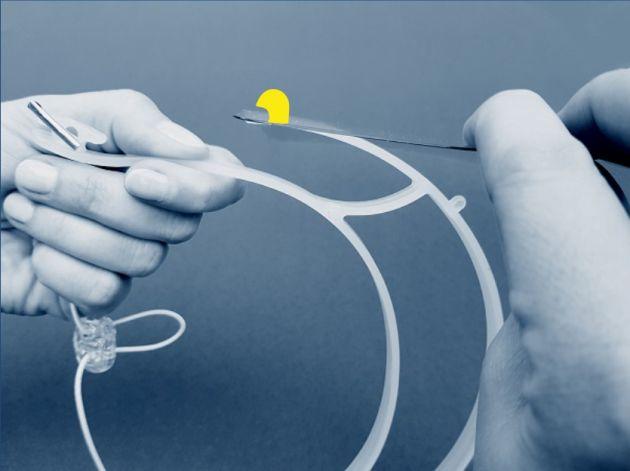 Obrazek ilustrujący krok 3 samodzielnego składania naszej przyłbicy
